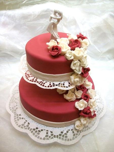 Bild 2 Hochzeitstorte Pictures to pin on Pinterest