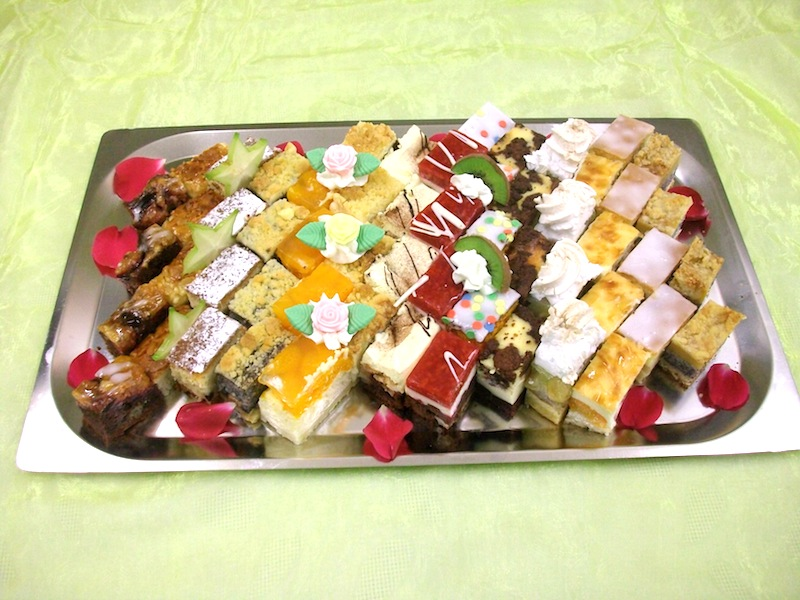 bunte-kuchenplatte